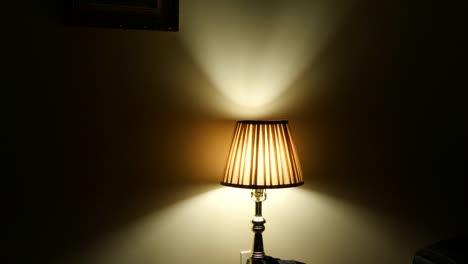 California-Los-Angeles-Lamp-Shining-In-Dark-Hotel-Room