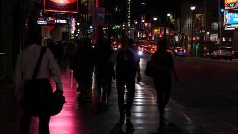 California-Los-Angeles-Many-Pedestrians-At-Night
