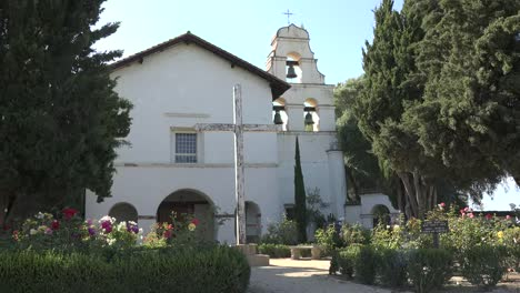 California-San-Juan-Bautista-Mission-Church-Garden-And-Front-With-Cross