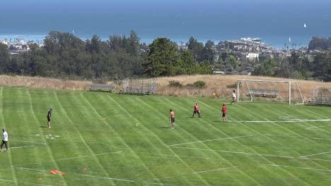 Kalifornien-Santa-Cruz-Disc-Turnier-Mit-Blick-Auf-Die-Santa-Cruz-Pan