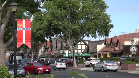California-Solvang-Main-Street-With-Banner-And-Traffic