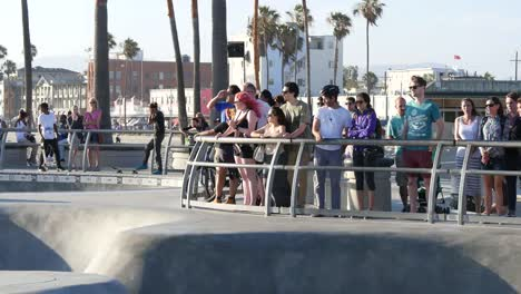 Los-Angeles-Venice-Beach-Skate-Park-Skateboarders-And-Onlookers