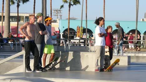 Los-Angeles-Venice-Beach-Skaters-At-Skate-Park