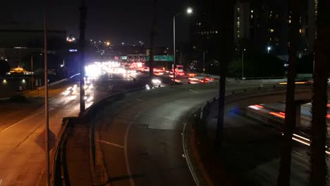 Los-Angeles-A-Time-Lapse-View-Of-Night-Time-Traffic