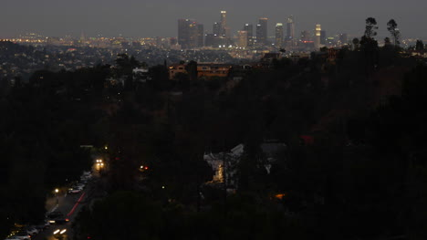 Los-Angeles-At-Night-With-Skyline-And-Traffic-Time-Lapse