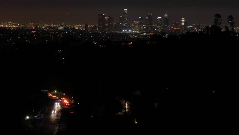 Los-Angeles-At-Night-With-Traffic-And-Skyline-Time-Lapse