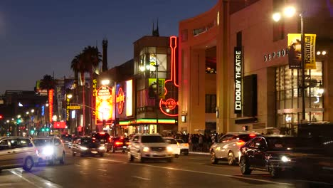 Los-Angeles-Evening-Traffic-On-Hollywood-Boulevard-At-Dusk-Time-Lapse