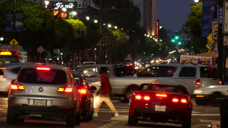 Los-Angeles-Evening-Traffic-On-Hollywood-Boulevard-Waiting-For-The-Light-To-Change