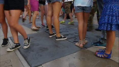Los-Angeles-Time-Lapse-View-Of-People-Walking-Over-Names-In-Concrete