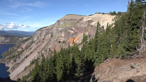 Oregon-Crater-Lake-Pumice-Castle-Zooms-In-To-View