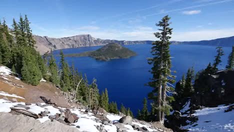 Oregon-Crater-Lake-Beautiful-View-Of-Wizard-Island