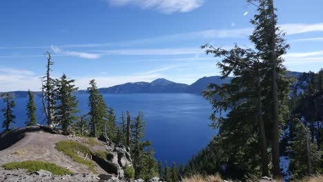 Oregon-Crater-Lake-Nice-View-With-Sun-Spot