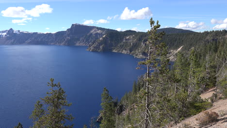 Oregon-Crater-Lake-Pan-To-Sun-On-Water
