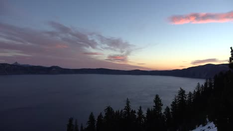 Oregon-Crater-Lake-Sunrise-Cloud-Zoom-Out