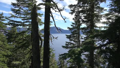 Oregon-Crater-Lake-View-Though-Trees