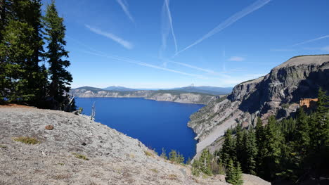 Oregon-Crater-Lake-View-With-Geological-Features
