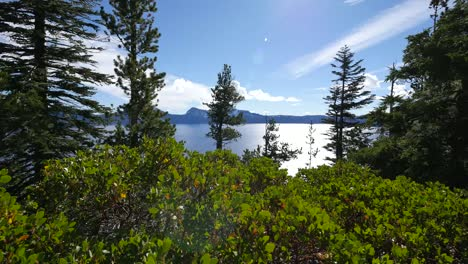Oregon-Crater-Lake-View-With-Sun-Flare