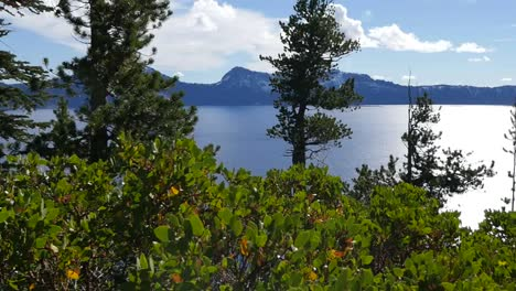Oregon-Crater-Lake-View-With-Trees-Pan