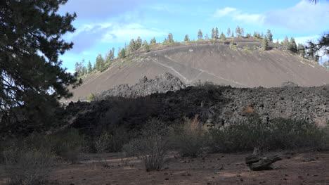 Vista-De-La-Colina-De-Lava-De-Oregon