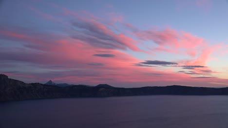 Oregon-Pink-Cloud-Over-Crater-Lake-At-Dawn