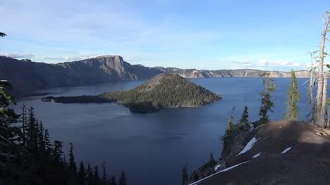 Oregon-Se-Acerca-A-La-Isla-De-Los-Magos