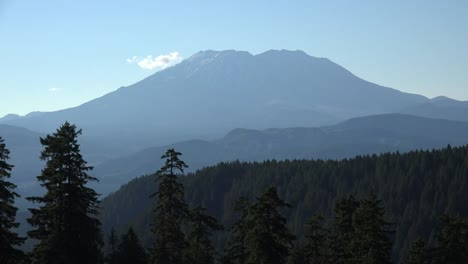 Washington-Mount-St-Helens-With-Small-Cloud