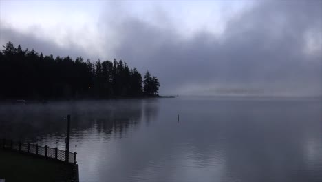 Washington-Morning-Fog-On-Lake-Time-Lapse