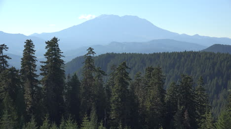 Washington-View-Of-Mount-St-Helens