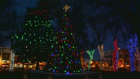 Arizona-Christmas-Tree-At-Night-Pan-Left