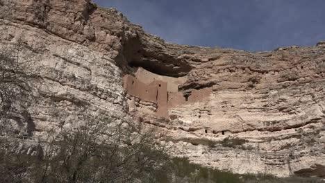 Arizona-Montezuma-Castle-Cliff-Dwelling-With-Sky