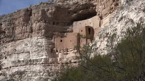 Arizona-Montezuma-Castle-Ruins