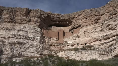 Arizona-Montezuma-Castle-Vista-Zoom-Out