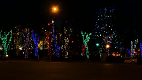 Arizona-Prescott-Christmas-Lights-And-Cars-Pan-Right