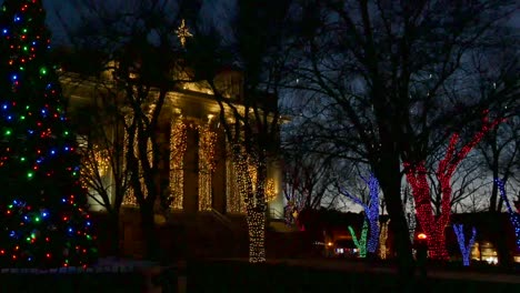 Arizona-Prescott-Christmas-Tree-And-Courthouse-Zoom-Out