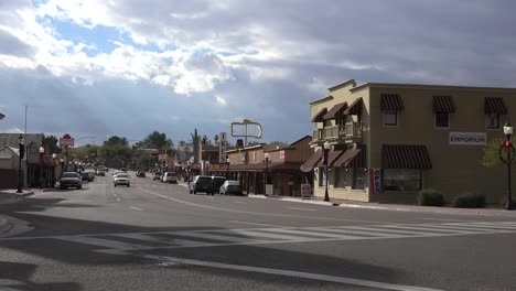 Arizona-Wickenburg-Traffic-Downtown-Time-Lapse