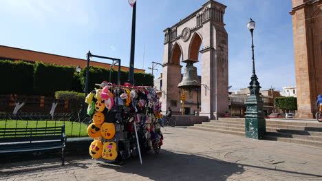 Mexico-Arandas-Bell-With-Bikes-And-Souvenir-Stand