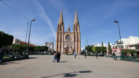 Mexico-Arandas-Church-Plaza-With-People