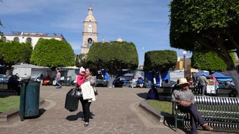 Mexico-Arandas-Plaza-By-Guadalupe-Church