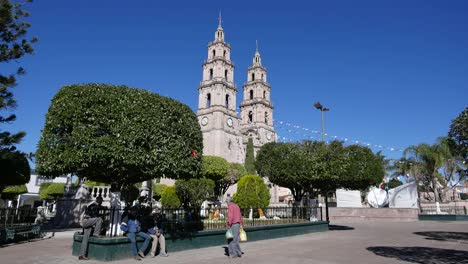 Mexico-Santa-Maria-Church-And-Plaza