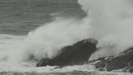 Oregon-Coastal-Huge-Wave-On-Rock