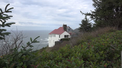 Oregon-House-At-Cape-Foulweather