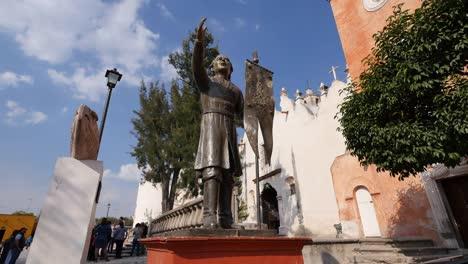 Mexico-Atotonilco-Father-Hidalgo-Statue