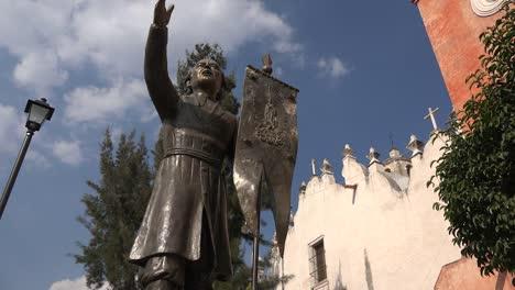 Mexico-Atotonilco-Clouds-And-Father-Hidalgo-Statue