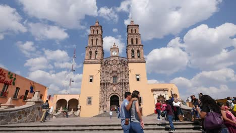 Mexico-Dolores-Hidalgo-Church-With-People
