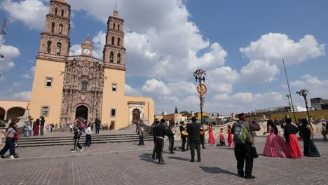 Mexico-Dolores-Hidalgo-Mariachi-Group-In-Front-Of-Church