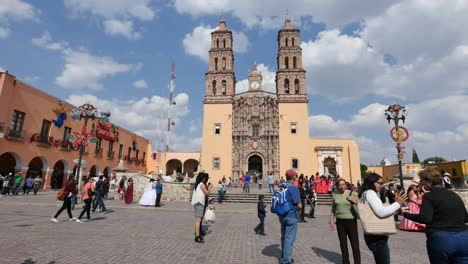 Mexico-Dolores-Hidalgo-People-And-Church