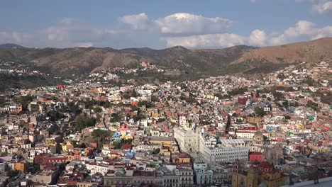 Mexico-Guanajuato-Afternoon-View-In-Sun