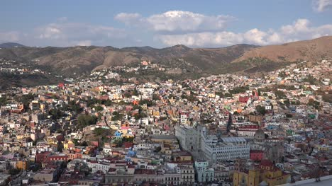 Mexico-Guanajuato-Afternoon-View-Zooms-In