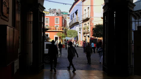 Mexico-Guanajuato-People-Beyond-Gate