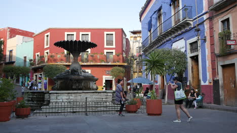 Mexico-Guanajuato-Plaza-With-People